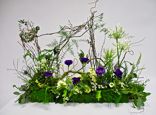 A centerpiece to bring the woodland ambience indoors.